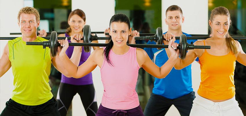 выбор одежды для фитнеса