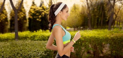Фитнес браслет: как работает и для чего так нужен