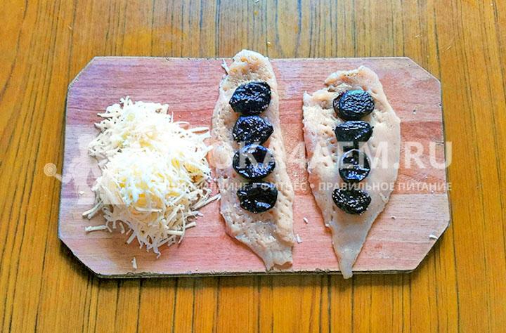 начинка из чернослива и сыра для рулетов